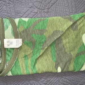 We the Free camo tee size small